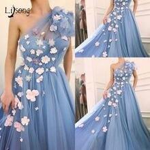 Вечернее платье dreamlike небесно голубое с объемным цветком