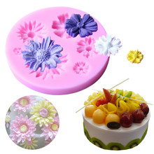 1pc Daisy Flower Shape Soap Mold Kitchen Accessories Cake Decorating Tools Silicone Fondant Pastry Cooking Baking Pan
