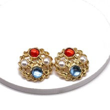 цена Free Shipping Mixed Color Filigree Sweet Elegant Earring онлайн в 2017 году