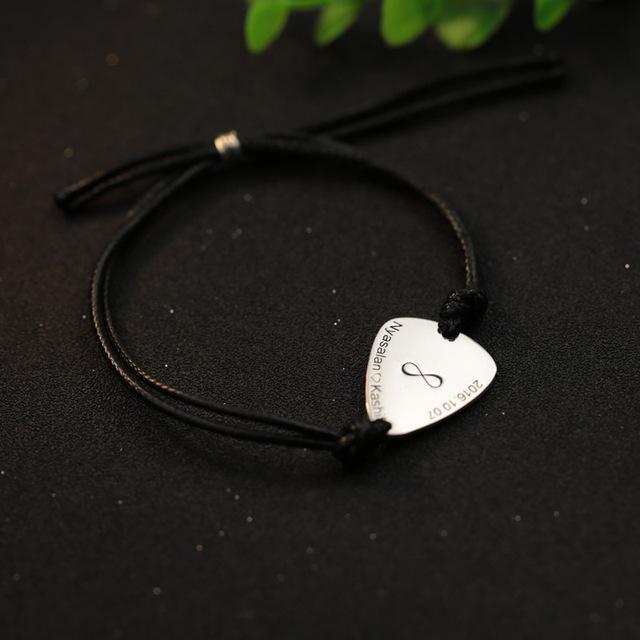 Nome gravado Símbolo Do Infinito Pulseira Estampada Da Picareta Da Guitarra Mensagem dos homens jóias Presente de Aniversário Personalizado