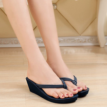 Pu Rubber Slip-on Casual Plain Fashion Sandals Shoes Beach Flat Wedge Flip Flops Lady Slippers Women 2018 summer style