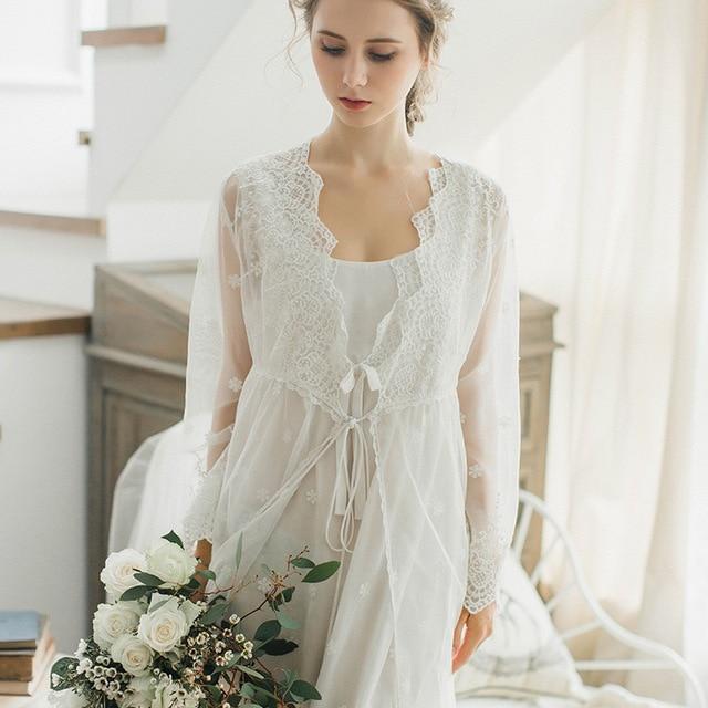 New Elegant Autumn and Winter Women Cotton Lace Bathrobe Set Nightgown  Bridesmaid Robes Set Peignoir Wedding Robe Retro SW1719 0c1cc0eea