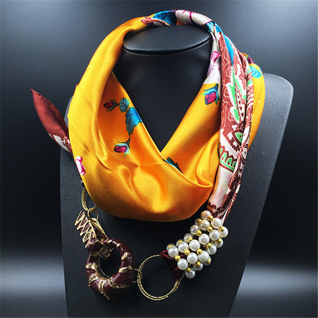 2017 Spring New Fashion Luxury Brand Woman Scarf Women Necklace Scarves 100% Silk Scarf Square 90cm*90cm SA