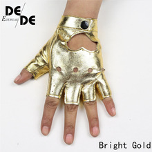2019 Women's Semi Finger Hip Hop Gloves Lady's Leather Heart Cutout Sexy Fingerless Gloves Girls Performance Dancing Glove