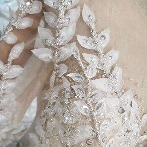 Image 5 - الدانتيل فستان الزفاف مع ورقة على شكل زين س الرقبة الطاووس نمط الأميرة فساتين زفاف لفتاة vestidos de novia 2020 HTL234