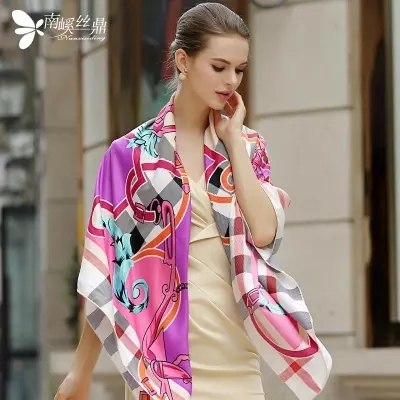 130*130cm 2017 autumn winter plaid scarf luxury scarf women brand Silk Scarf  fashion plaid twill Silk Shawl pashmina