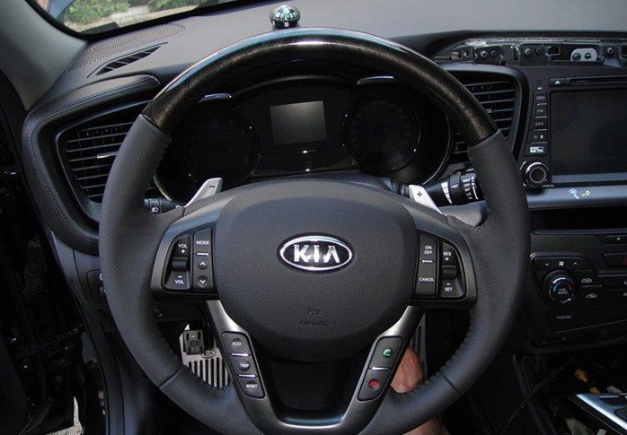 for 2011 2012 KIA K5 Optima Original High quality Audio channel bluetooth Constant speed cruise Paddle