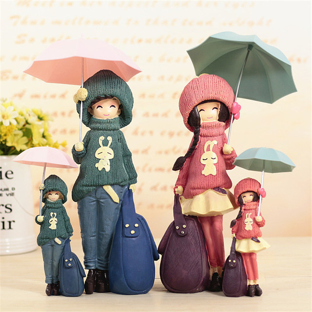 Creative Gift Resin Beautiful Girl Figurines Cute Umbrella Lover Figures Ornaments Office Decor Friend Birthday