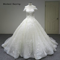 Luxury Dubai Ball Gown Lace Wedding Dresses 2018 with Sparkles Isreal Royal Church Bridal Gowns with Cathedral Train Custom Made