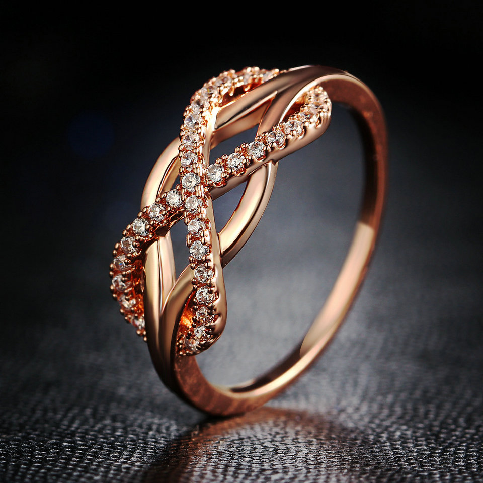 Rings For Women Valentine Present Fashion Spiral Crystal Gold-Color Mid Ring Cubic Zirconia Promise Jewelry Silver Color Crystal