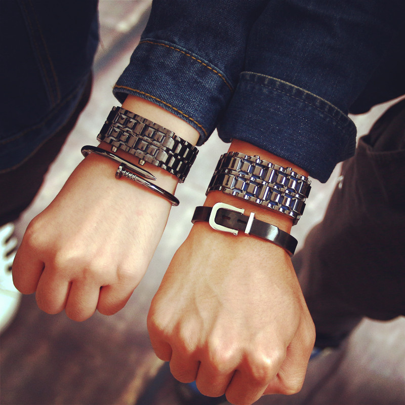 Fashion Casual Creative Womens Mens Digital Watch Simple Rectangle Style LED Display Lovers Watches Stainless Steel Wrist Watch