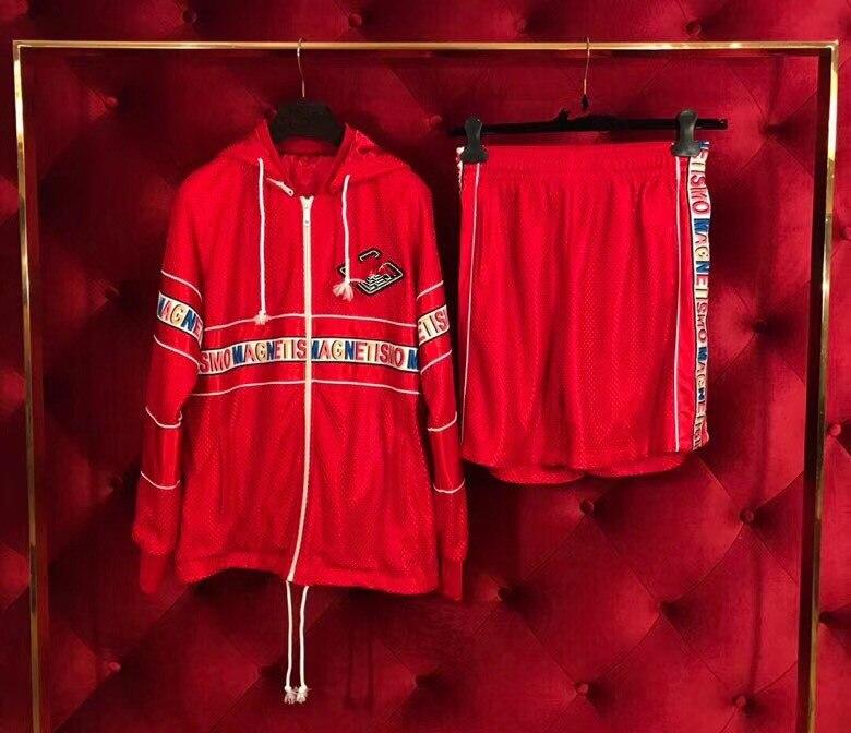 Высокое качество, модные Для мужчин наборы 2018 взлетно посадочной полосы Элитный бренд Европейский Дизайн вечерние стиль Винтаж Мужская оде