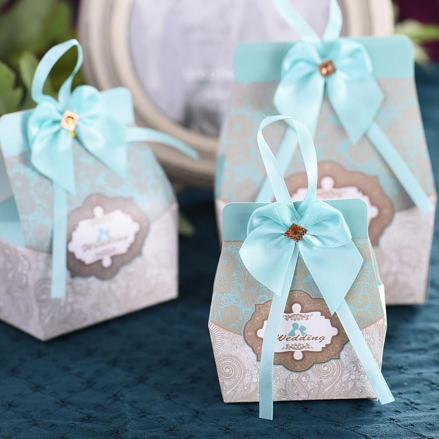 2 color de las clases, precioso compromiso del aniversario de boda de la torta d