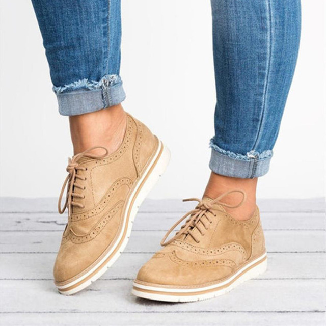 Talla grande 35-43 zapatos planos de plataforma hueca Oxfords estilo británico señoras Creepers Brogue zapato para encaje femenino el calzado