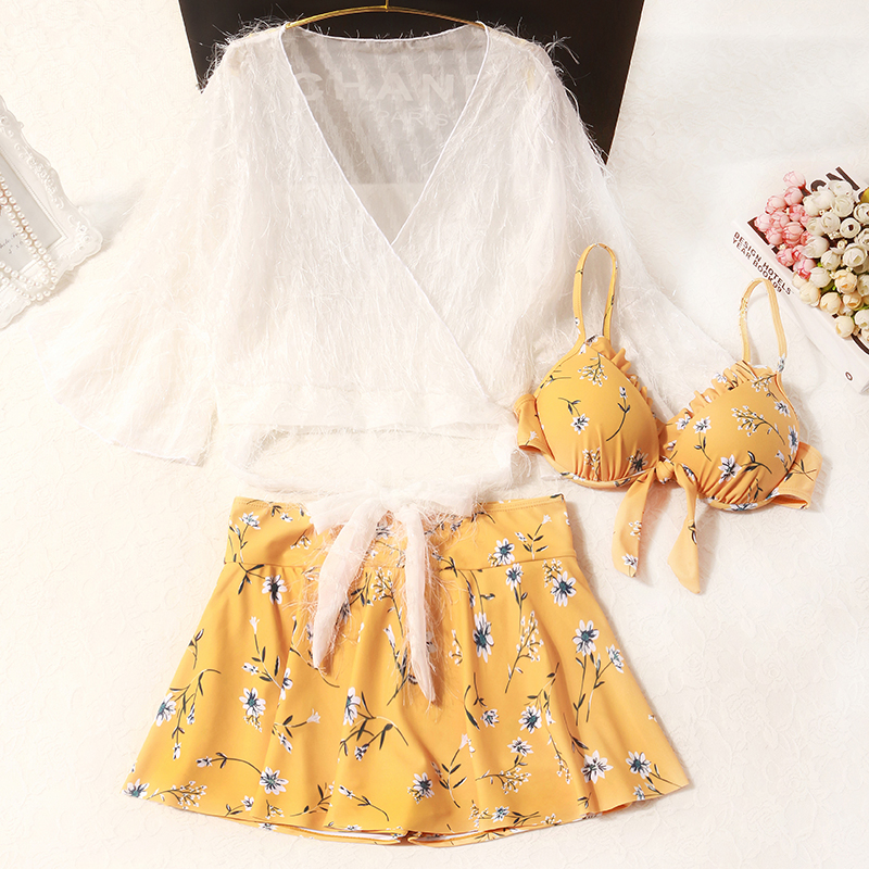 New Super Immortal Three piece Set Cute Japanese Series Slender Over the Belly Conservative Student Seaside Holiday