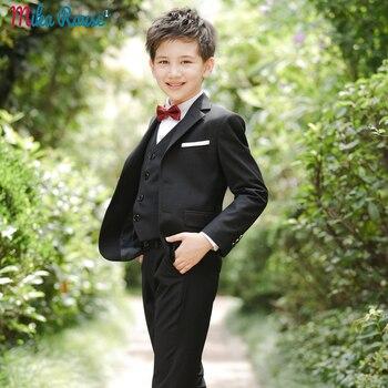 0a46edb518adf 2019 Çocuk boys düğün Blazers Siyah takım elbise erkek ince blazer şık boy  parti giysileri için resmi takım elbiseler çiçek çocuk giyim