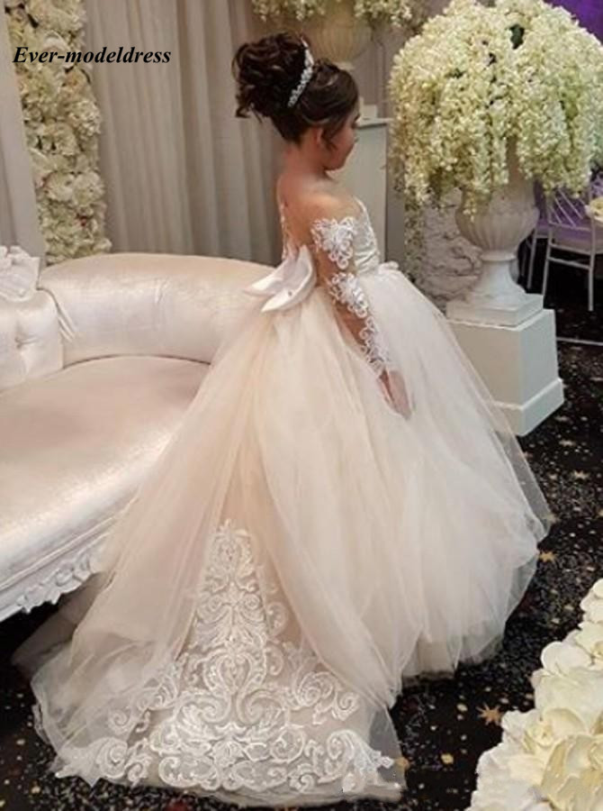 2018-ball-gown-flower-girls-dresses-long-sleeves-sweep-train-illusion-bodice-applique-birthday-party-girls-pageant-gowns-with-bow-customized3_conew1