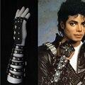 Rare PUNK Metal Michael Jackson BAD Remache Negro Guante De La Mano Derecha de Cuero Hecha A Mano 100% Colección