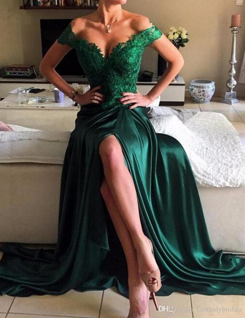 2019 robes tenue de soirée vert émeraude élastique Satin Cap manches Sexy Appliques dentelle Split côté formel bal robes de soirée
