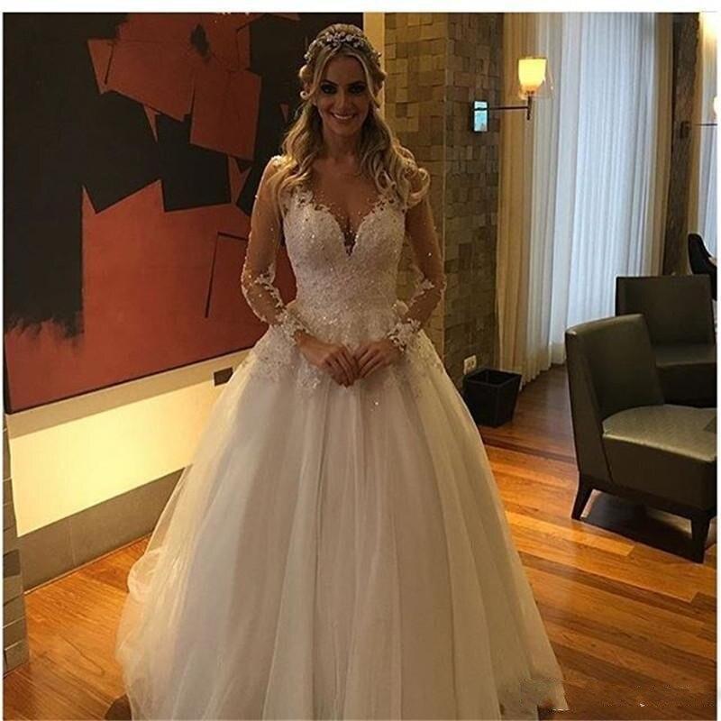 2017 una línea de vestido de novia con cuello en v manga larga de