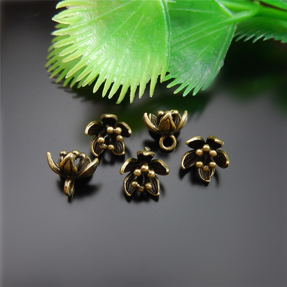 4pcs Vintage Bronze Brass Leaf Branch Charm Clasp Hook Finding Decoration 04625