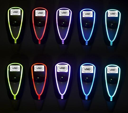 7 colori Cambia Attivato Gear Pomello del cambio Auto HA CONDOTTO LA Luce della Sigaretta del Caricatore Misura Per TOYOTA HONDA LEXUS HYUNDAI MITSUBISHI