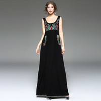 Summer Dress 2017 Womens Floral Embroidered Bohemian High Quality Elegant Sexy Beach Women Club Party Dress