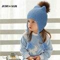 Tudo Para as Crianças Roupas e Acessórios Crianças Bombardeiro Casuais Chapéu Do Bebê Cap Quente Malha de Design Da Marca de Fábrica Feita Barato Com FurPom
