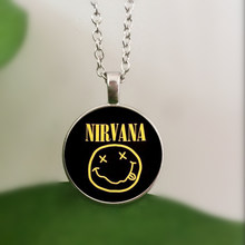 WUSQWSC rock band smile nirvana band crystal glass pendant necklace jewelry wholesale(China)