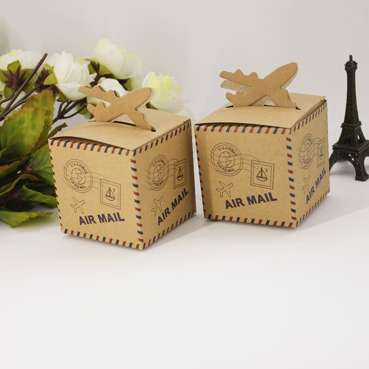 100pcs/lot Foldable Air Mail Candy Box for Wedding Decoration Vintage Kraft Wedding Favors and Gifts Box with Burlap Twine Chic