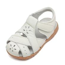 Новые сандалии для девочек из натуральной кожи белые летние ходунки обувь с вырезами в виде цветов противоскользящая подошва для детей ясельного возраста 12,3-18,3 стелька