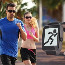 FLOVEME Smart Armbanduhr Bluetooth MTK6260A Chipset Watch SMS Anruf Erinnert Schrittzähler Foto Smartwatch Für Android