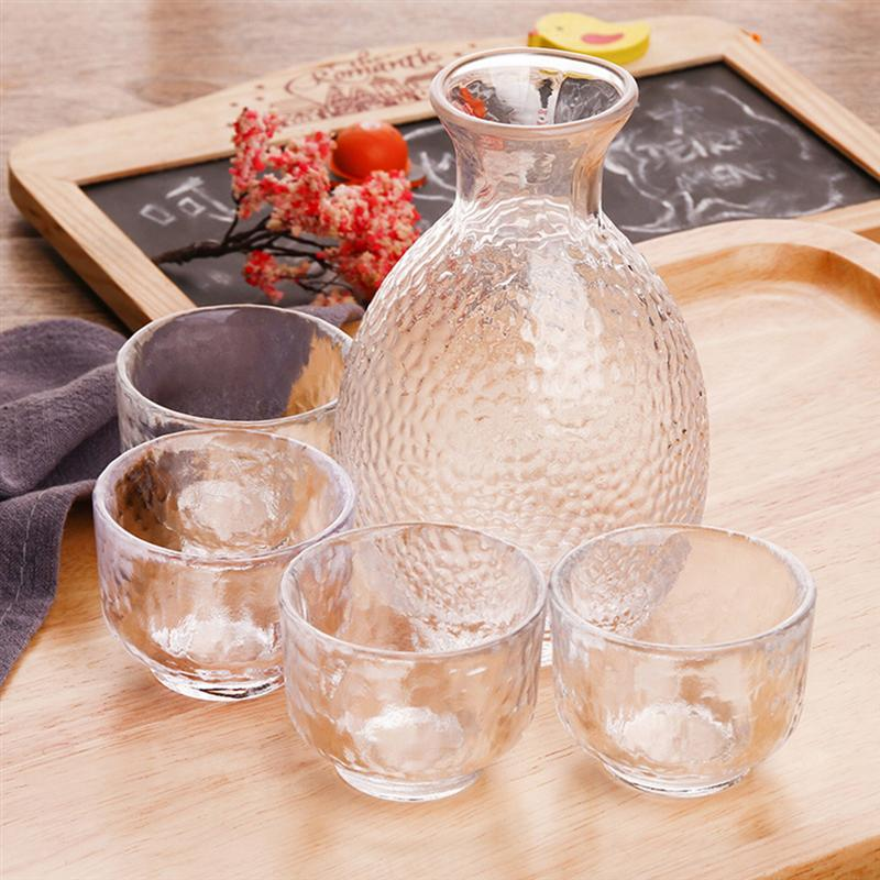 Glass Sake Serving Set Plain Japanese-style Blur Handmade Clear Glass Cups Sake Cups Glass Bottle for Greeting Drinking image