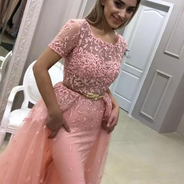 Soirée Survêtements Élégant Robe Gala Pêche Rose Longue Robes Appliques Manches Formelle Dubaï Jurken Arabe De Courtes Dentelle Sirène Bal wIFdqFRrS