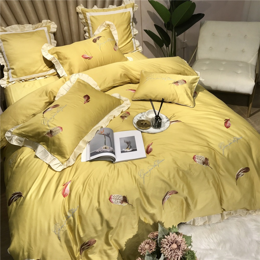 New Lovely 80S Egyptian Cotton Embroidered Bedding Sets Queen King Princess Duvet Cover Bed Sheet Set Pillowcases 4/6pcs Yellow