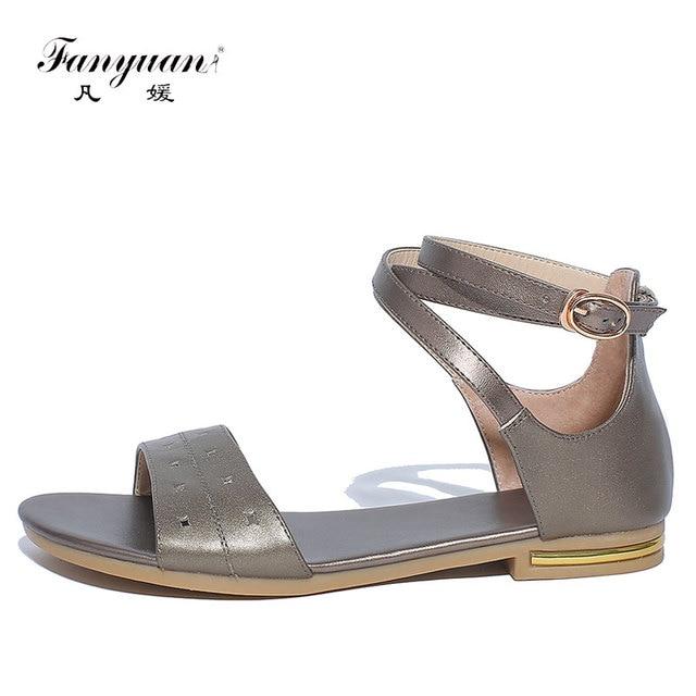 5c636d414 Fanyuan Mulheres Verão Sandálias Flip Flops Sapatos Gladiador Das Mulheres  do Salto Plano de Couro Genuíno