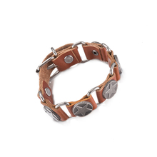 New Arrival Cool Star Rivets Unisex Strand Bracelets Genuine Brown Leather Women Men Buckle Bracelet Metal Link Bracelet