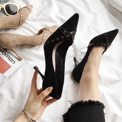 Satin Super De noir Profonde Femmes Tendance Banquet Pointu Et Chaussures Beige Printemps Avec Bouche En Stiletto Haute Talon Nouveau Peu Automne Métal qntx1IFg