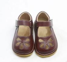 Bambine squeaky scarpe squeakers 1 3 anni i bambini scarpe fatte a mano scarpe mary janes bianco nero marrone fiore ritagli zapatos del bambino del bambino