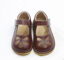 女の子きしむ靴 squeakers 1 3 年子供靴手作りメアリージェーンズホワイト黒茶色の花カットアウト zapatos 幼児