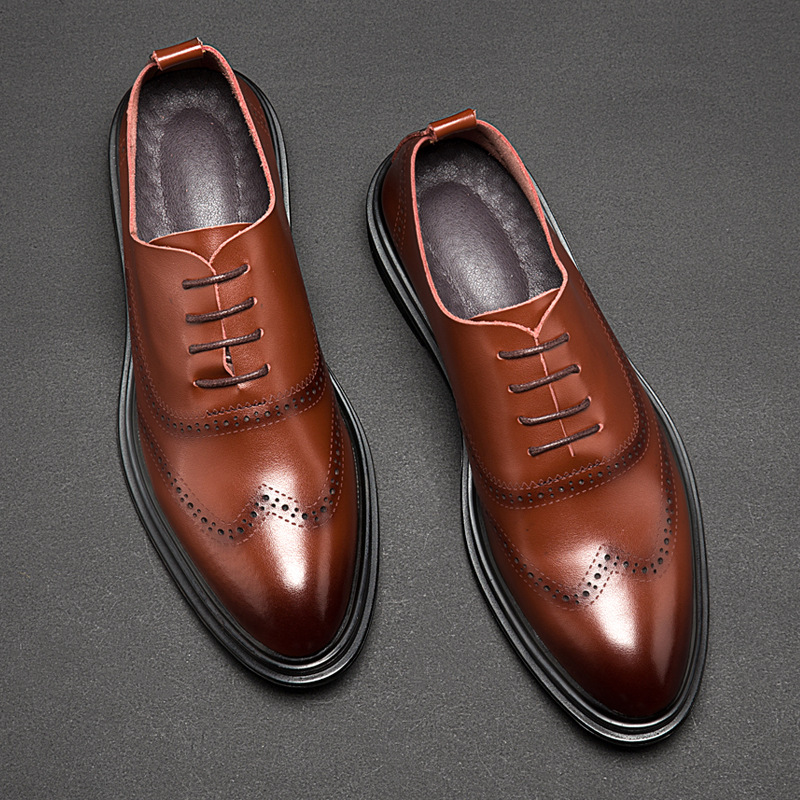 2019 Fashion Brogue Shoes Men Footwear Soft Leather Casual Mens Shoes British Style Brand Male Business Shoes Black Brown A1415