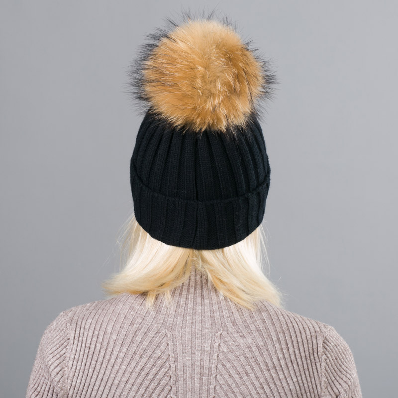 5f03b2bda85 ... 2018 new Real Fur Winter Hat Raccoon Pom Pom Hat For Women Brand Thick  Women Hat ...