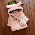 Ropa infantil de invierno Conejo Lindo Vestido Infantil Gruesa Bebé Caliente de la Ropa Coreana Mochila Niña de Algodón Chaqueta de Traje