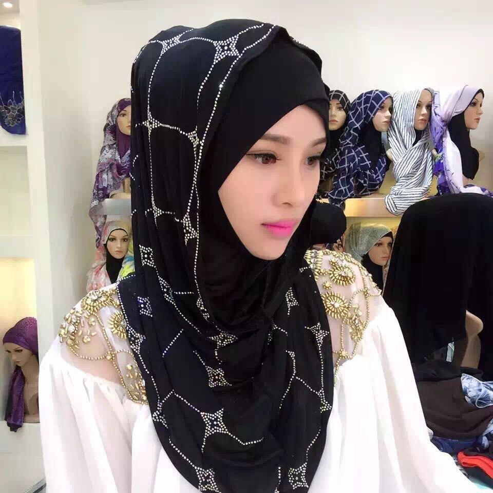 Polyester Islamic Hijab Muslim Rhinestone Hijab Shawls Full Cover Turban Women Instant Hijab Stretch Jersey Cap Headscarf