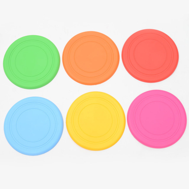 1pcs Funny Silicone Flying Saucer Dog Cat Toy Dog Game Flying Discs Resistant Chew Puppy Training Interactive Pet Supplies4