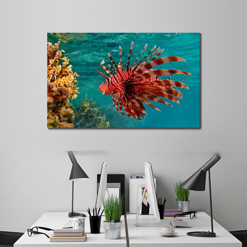 Underwater Swimming Unusual Canvas Arts Pictures For Office Decor Modern Animals Wall Pictures Poster Printed Christmas Gifts