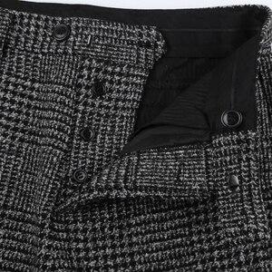 Image 5 - 新しい冬男性のカジュアルグレーのチェック柄ウールボタンスリムストレッチロングパンツ男性ズボンイタリアンスタイルのファッションブランドデザイン k681 2