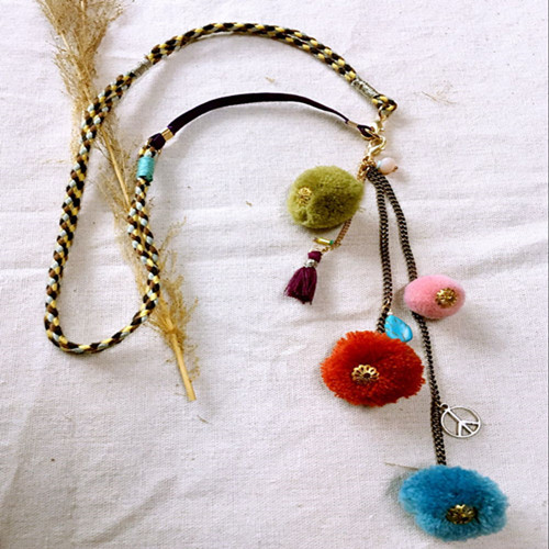 Dongmu jewellery original hand rope braided headdress bohemian style wearing a pigeon necklace with colored pants
