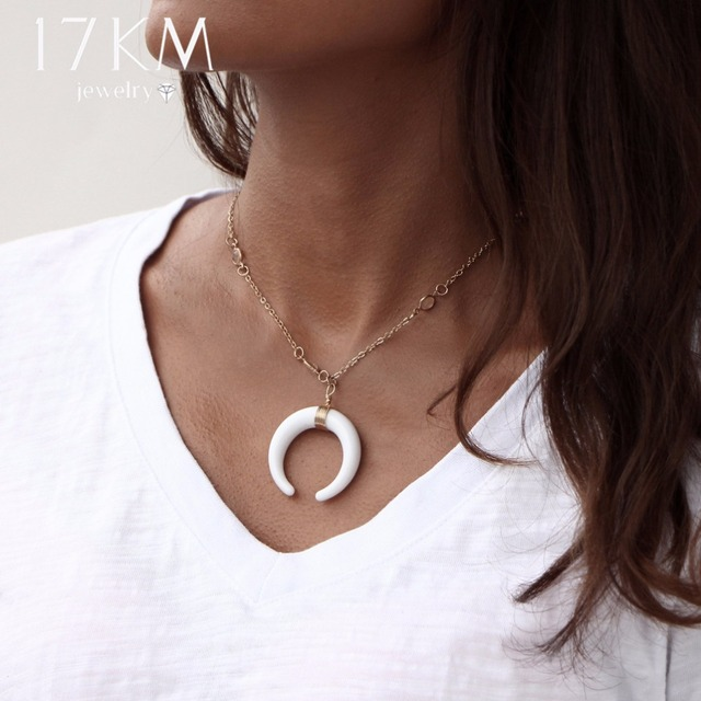 Vintage Acrylic Ox Horn Moon Crescent Chokers Long Necklace