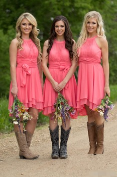 Country Style Short Bridesmaid Dresses 2019 Watermelon High Low Cheap Halter Neck Ruched Backless Summer vestido madrinha halter neck overlap high low hem dress